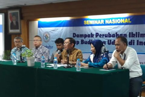 """Seminar Nasional Perudangan Mengangkat Tema """"Anti-Mainstream"""""""