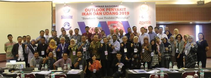 Himperindo Tandatangani MOU dengan Info Akuakultur di Seminar Outlook Penyakit Ikan dan Udang
